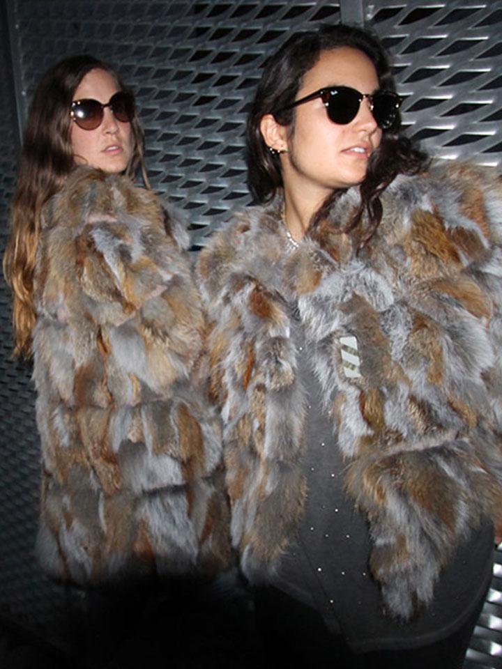 Abrigo de zorro bicolor